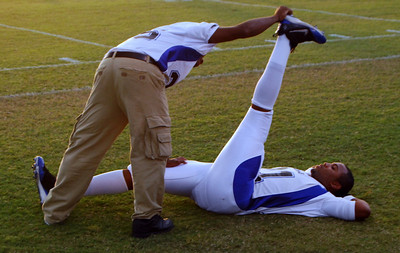006 High School Football Pregame stretch