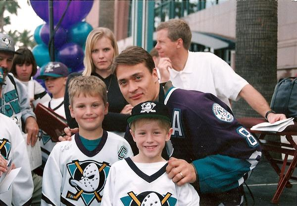 Kevin, Mitch and Teemu a few years before the Stanley Cup win!