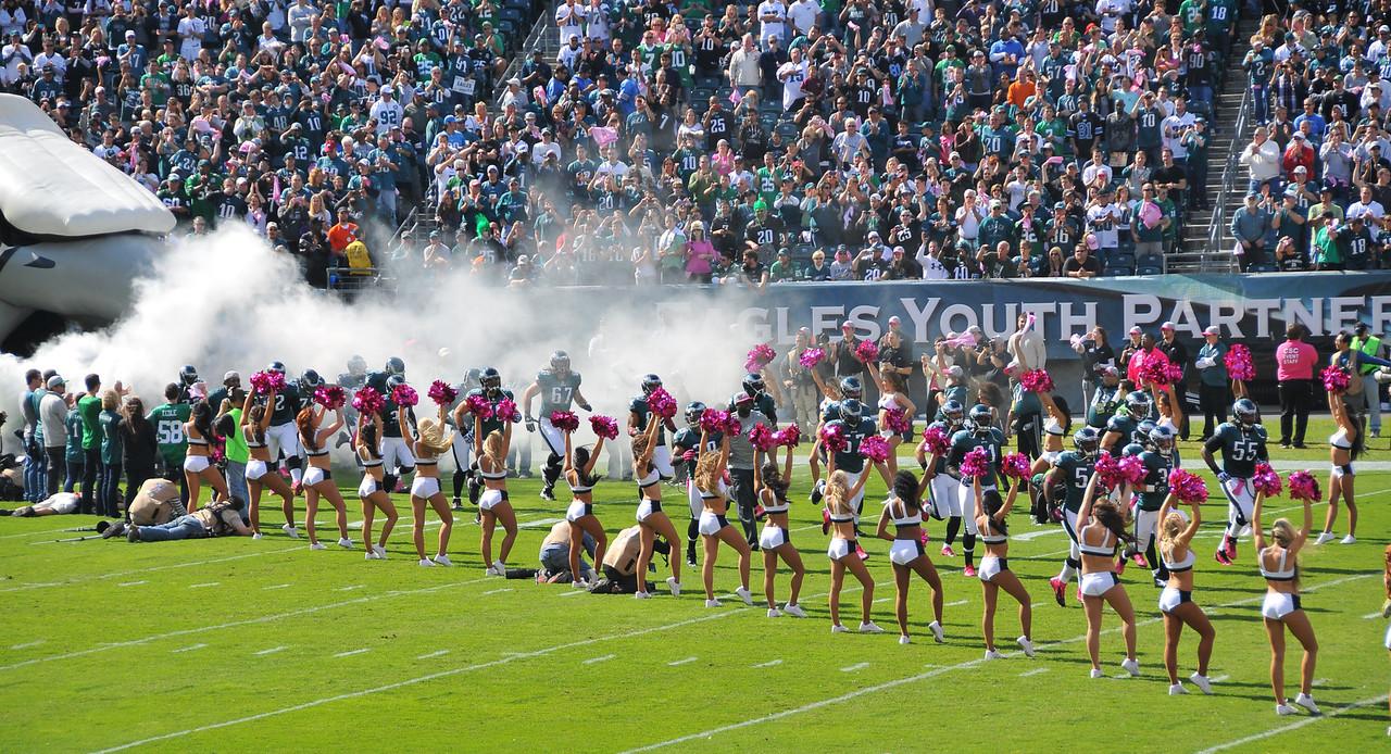 Philadelphia Eagles entering stadium - October 2012