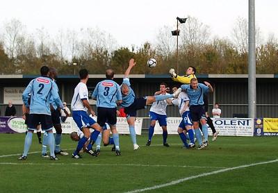 Eastleigh (4) v Worcester (1) 31.10.2009