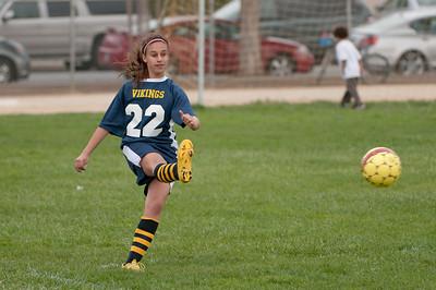 r2-Egan-Soccer-20110322164814_6265