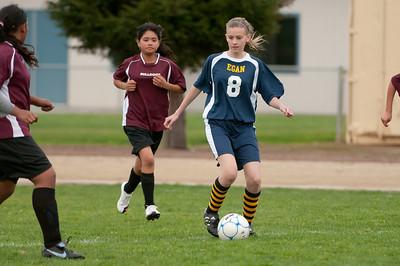 r2-Egan-Soccer-20110315164640_5188