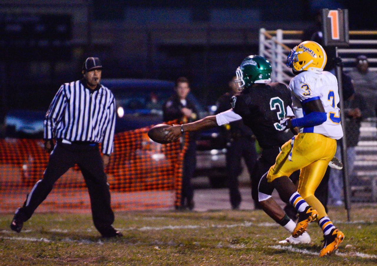 El Cerrito Gauchos vs Newark Memorial Cougars. The Gauchos won 44-7 August 31, 2012. Photo by Ian Billings