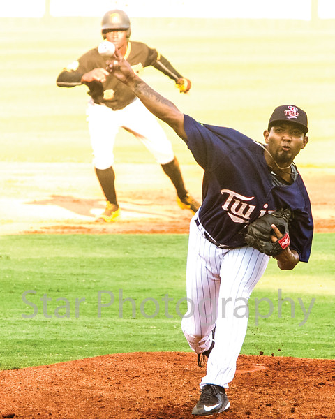 Star Photo/Larry N. Souders<br /> Twins starting pitcher Griffin Jax (22) fires a first inning strike Tuesday night against the Pirates of Bristol.