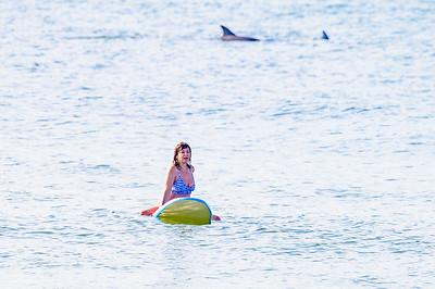20210904-Elizabette Cohen surfing Long Beach 9-4-21Z62_4724