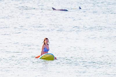 20210904-Elizabette Cohen surfing Long Beach 9-4-21Z62_4721