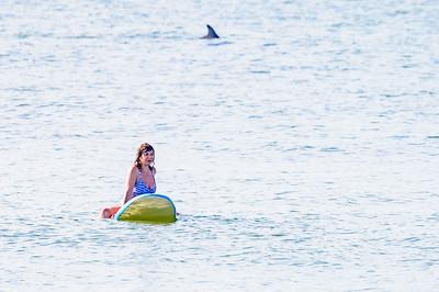20210904-Elizabette Cohen surfing Long Beach 9-4-21Z62_4729