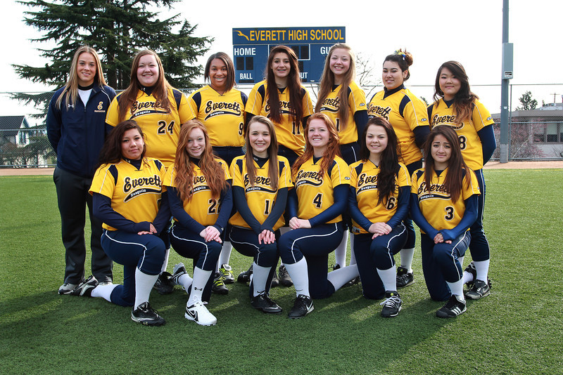 Everett Softball JV 2013 with Coach