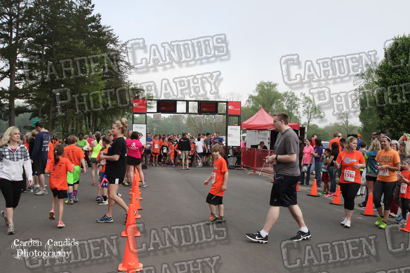 Extra Mile 5K Race-2015-0040