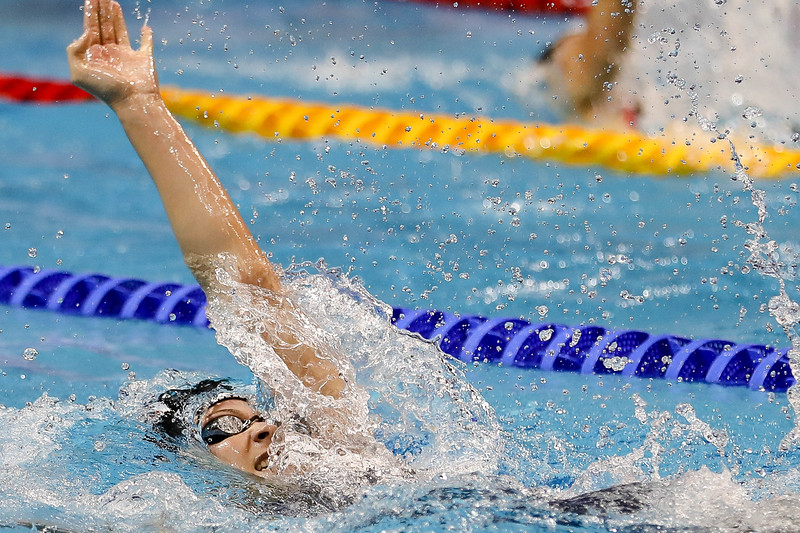 Athletes in action during Women's 200m Backstroke Finals at the FINA Airweave Swimming World Cup, at OCBC Aquatic centre Singapore. Photo by Sanketa Anand/Sport Singapore