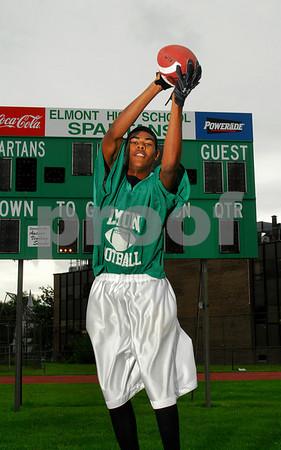 Tyshaun Mack, Elmont HS Football 2007. Photo by Kathy Leistner