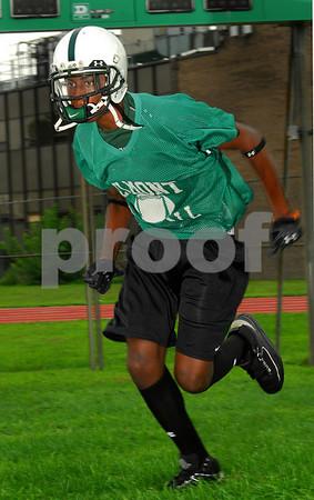 Marvin Lee, Elmont HS Football 2007. Photo by Kathy Leist
