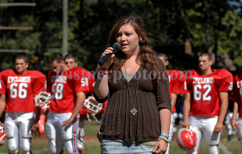 Star Spangled Banner sung by SS student. Photo by Kathy Leistner