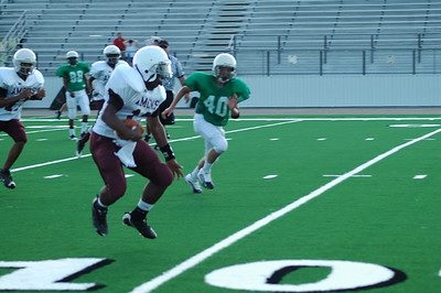 #13 Bop going for touchdown