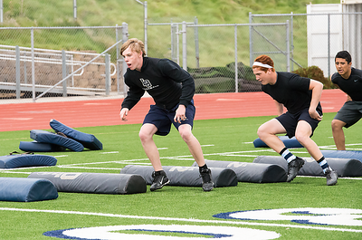April 24 Grizzly Football Spring Preseason training (1)