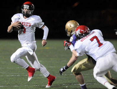 Fairview quarterback Michael McVenes rushes the ball on Friday, Oct. 22, during a football game against Boulder High School at Recht Field. Fairview defeated Boulder 10-7 Jeremy Papasso/ Camera