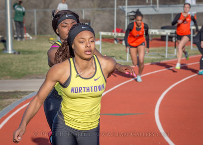 20180330-170941 Falcon Relays - 4x200 meters - Girls