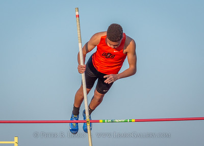 20180330-180836 Falcon Relays - Pole Vault - Boys