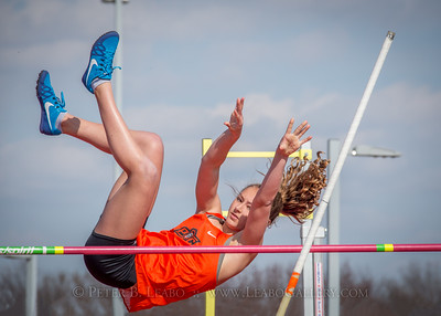 20180330-153125 Falcon Relays - Pole Vault - Girls