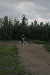 BMX050623-6107