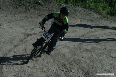 BMX050721-8335