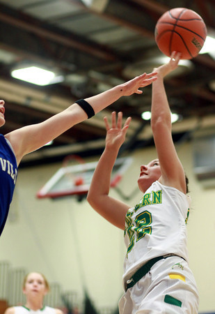 2-11-14<br /> Eastern vs. Tipton basketball<br /> Eastern's Ally Oyler goes up for a shot.<br /> KT photo | Kelly Lafferty