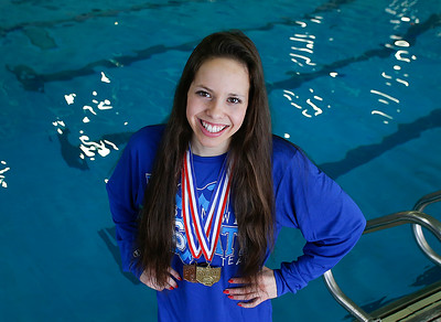 Felicia Pasadyn wins state swimming title