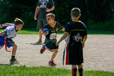 20140615-155145_[Flag Football Steelers vs  Colts]_0073_Archive