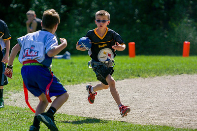 20140615-155143_[Flag Football Steelers vs  Colts]_0071_Archive