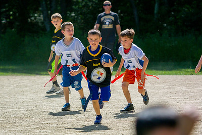 20140615-160124_[Flag Football Steelers vs  Colts]_0092_Archive