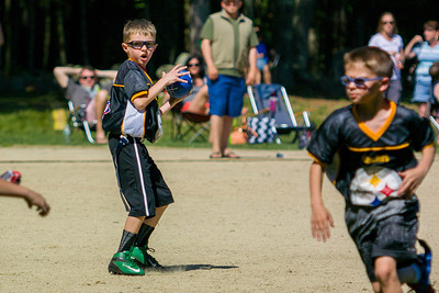 20140615-153218_[Flag Football Steelers vs  Colts]_0013_Archive
