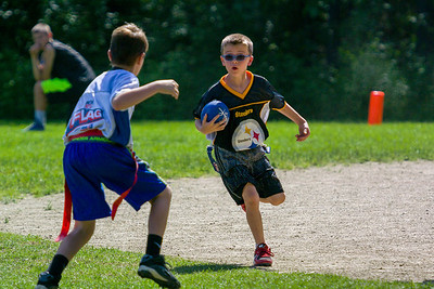 20140615-155143_[Flag Football Steelers vs  Colts]_0072_Archive