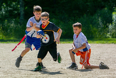 20140615-160249_[Flag Football Steelers vs  Colts]_0097_Archive