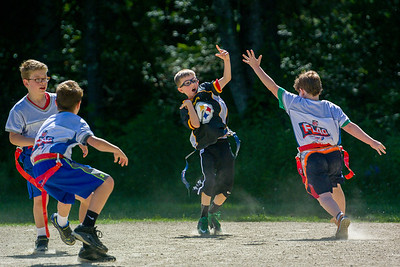 20140615-155816_[Flag Football Steelers vs  Colts]_0076_Archive