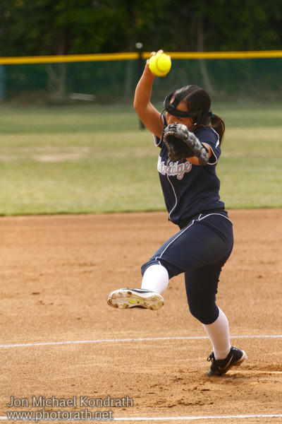 FP Softball_Kondrath_042514_0010