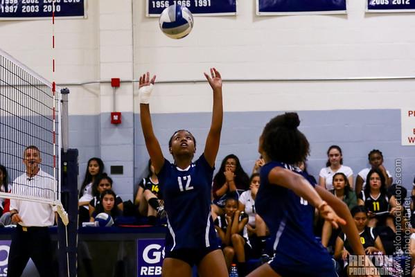 FP Girls Volleyball_090816_ReKon-Hardy_0011