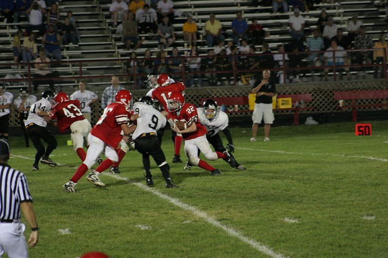 lawson vs lathrop 8thgrade 092205 057