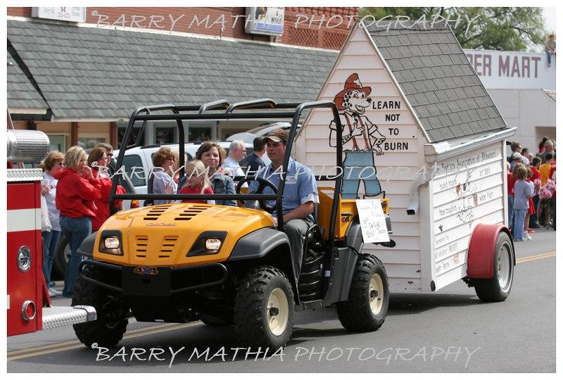 Lawson Homecoming Parade 06 662
