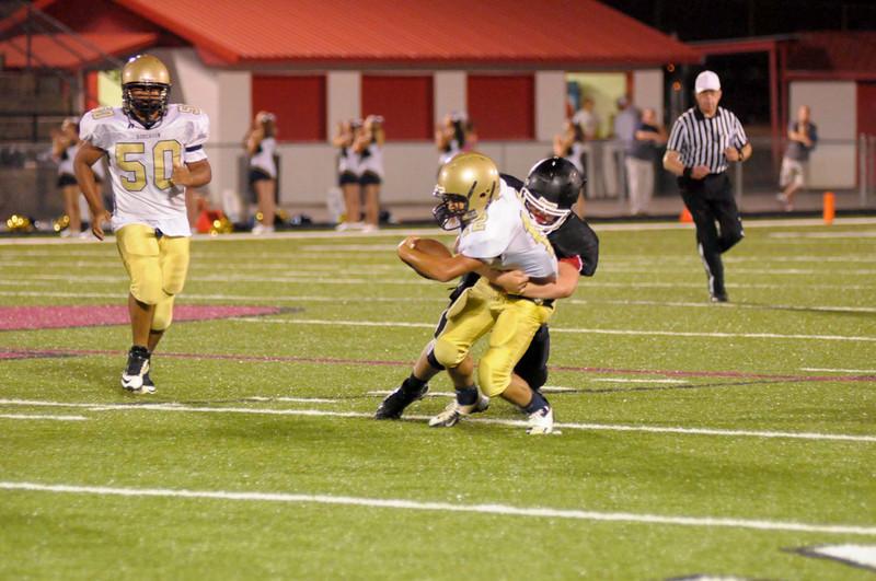 3 Justin Conard on tackle