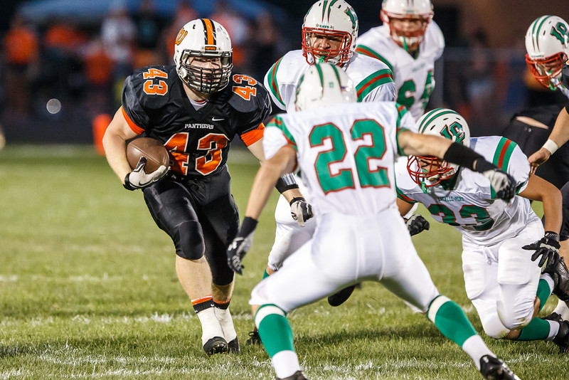20130906_washington_vs_lasalleperu_football_027