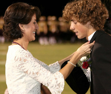 EHS_Homecoming-court_2006-0014