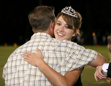 EHS_Homecoming-court_2006-0034