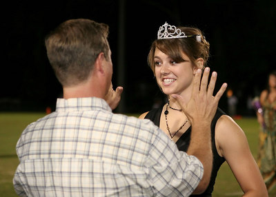 EHS_Homecoming-court_2006-0033