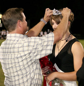 EHS_Homecoming-court_2006-0030