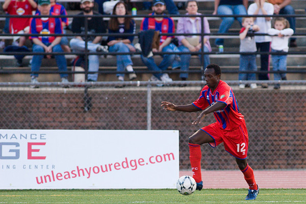 Matthew Mbuta making a move up the right wing.