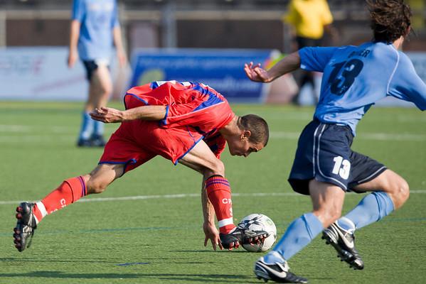 Carlos Morales at full stretch
