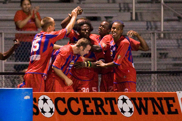 Gary Brooks celebrates with his teammates