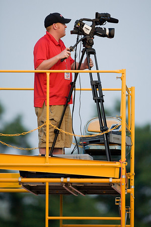 Jesse Strickland shoots the match
