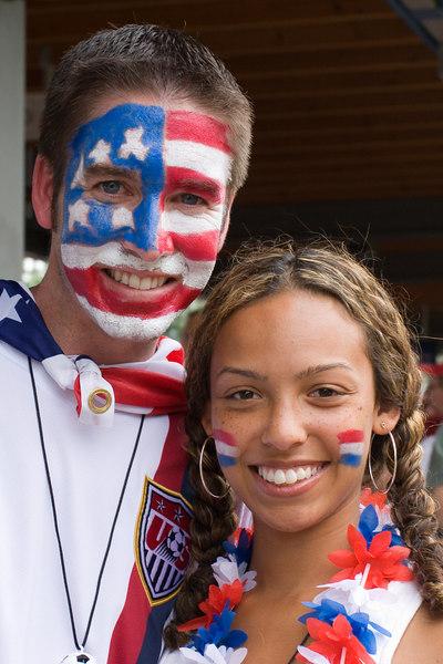 USA fans at Nürnberg station.