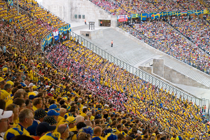 Sweden fans out-numbered Paraguay's by about 10 to 1 at their first-round match in Berlin's Olympiastadion.